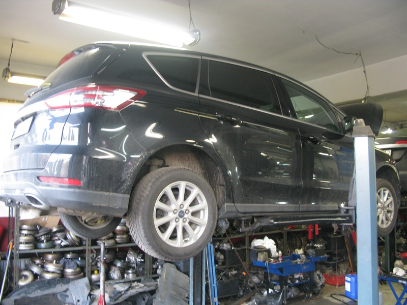 N96/01/2020 Ford S-MAX